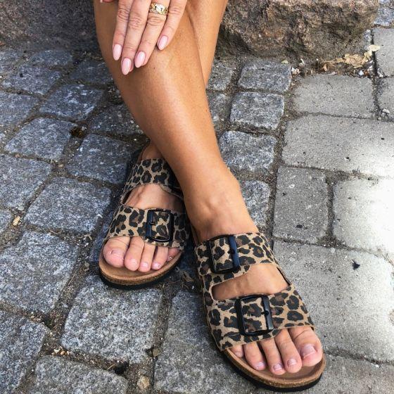 Julia Leo Leather Sandal fra Vero Moda